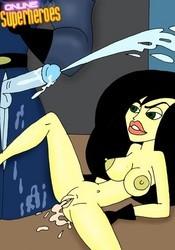 Sexy Shego gets cumshot